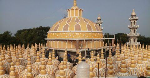 ঘুরে আসুন বিশ্বরেকর্ড গড়া টাঙ্গাইলের '২০১ গম্বুজ মসজিদ'
