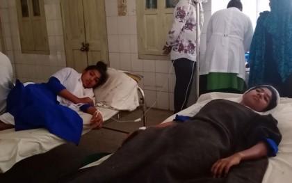 রায়পুরায় চরসুবুদ্ধি নিম্ন মাধ্যমিক বিদ্যালেয় হঠাৎ অসুস্থ ১৫ শিক্ষার্থী